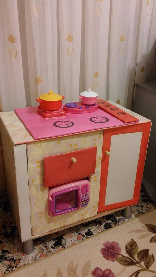 maket-oyuncak-mutfak-tezgahi-1