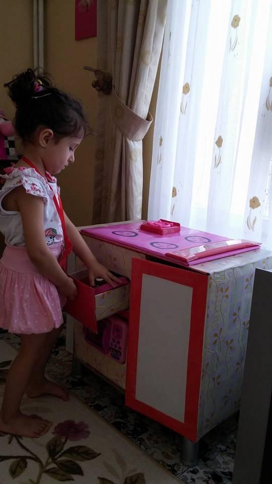 maket-oyuncak-mutfak-tezgahi-3