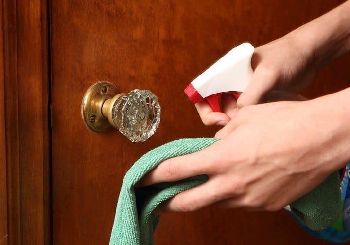 Hastalık Derecesinde Titiz Olanların Bile Temizlik Sırasında Atladığı 10 Çok Pis Nokta