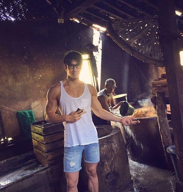 Bu Singapurlu fotoğrafçının 50 yaşında olduğuna inanabiliyor musunuz?