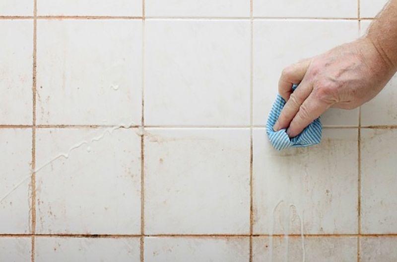 Duş temizliğinden nefret edenler için kolay ve eğlenceli bir yöntem...