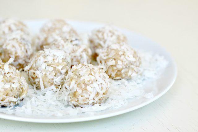 hindistan cevizli kartopu kurabiyeleri