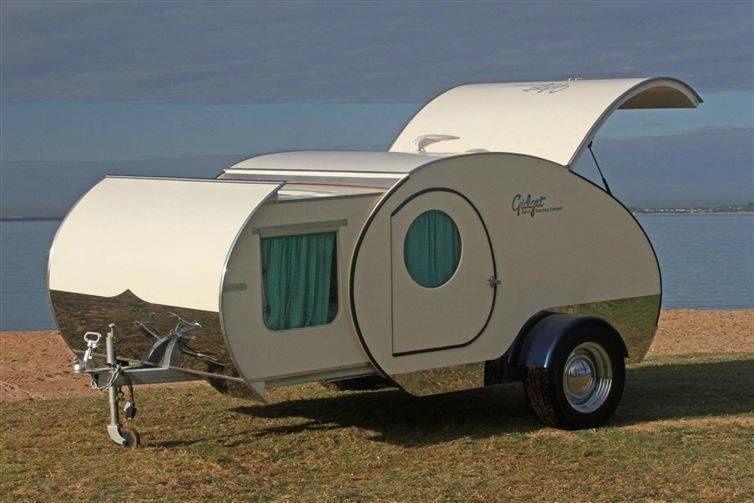 Bu Mini Karavan Çok Küçük görünüyor, Fakat Büyük Bir Sır Gizliyor.